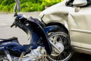 causes motorcycle crashes in baton rouge